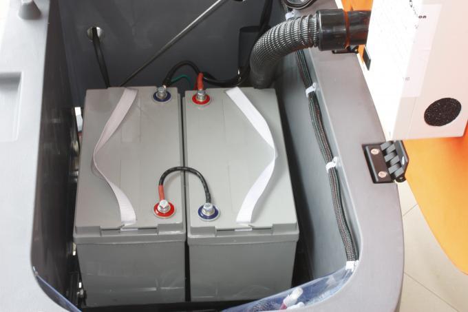 Big Water Tank Walk Behind Floor Scrubbers Allow Foam Free